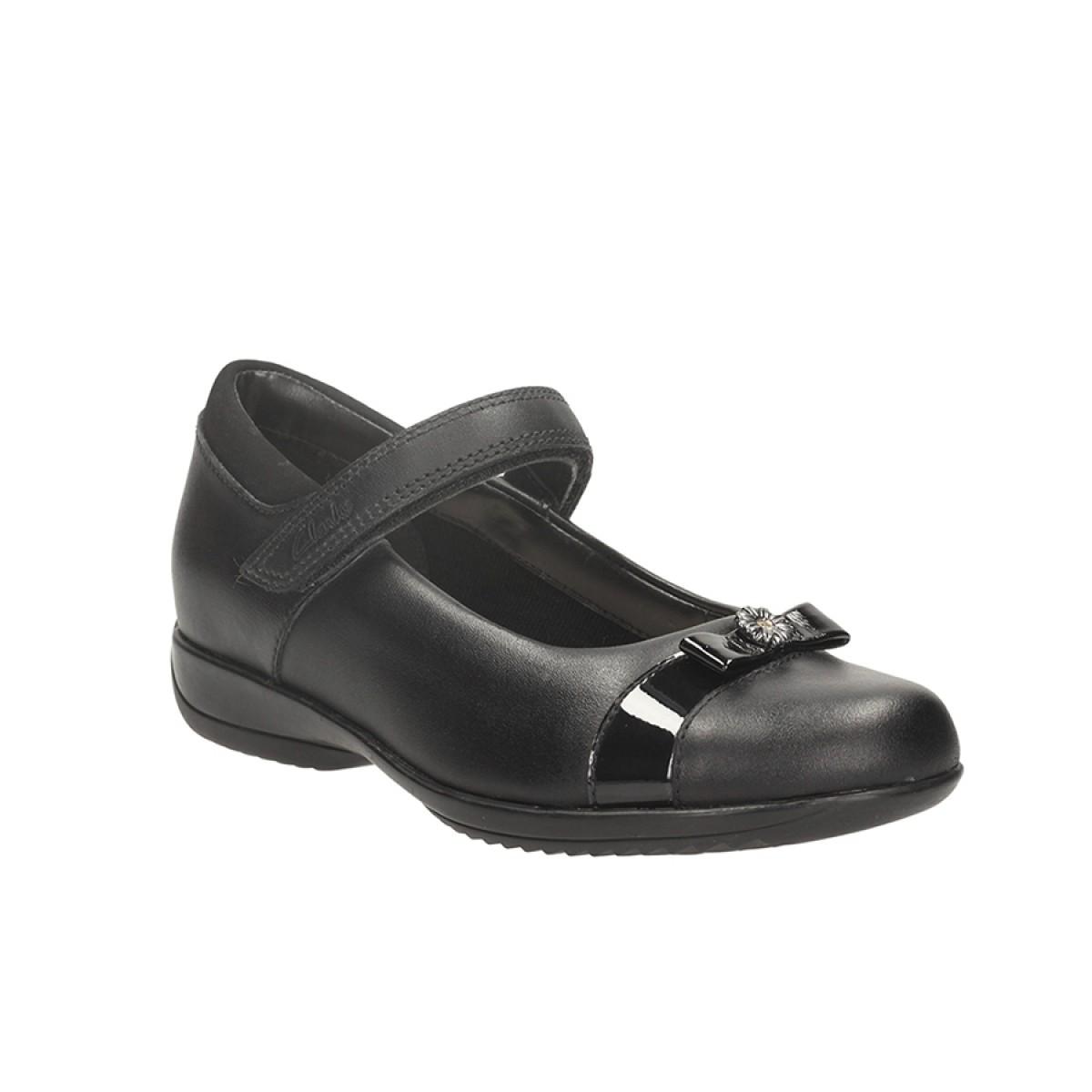 Clarks Village Shoes